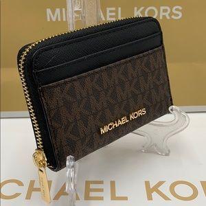 MICHAEL KORS JET SET TRAVEL MD ZA CARD CASE